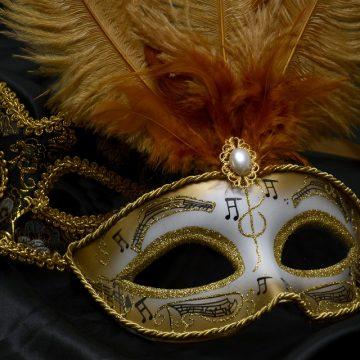 Новогодняя маска своими руками: 4 идеи