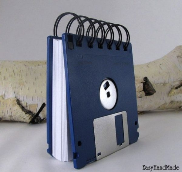 Как сделать блокнот своими руками из старых дискет