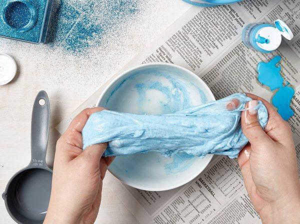 Як зробити жуйку для рук із клею