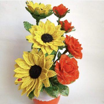 Учимся, как сделать цветы из бисера