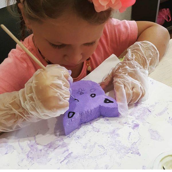 процесс создания сквиш из губки