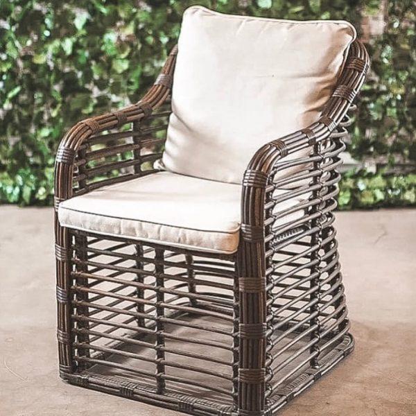 Крісло з ротангу своїми руками