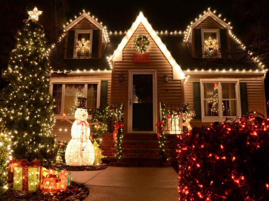 Як прикрасити будинок до Нового року 2021: ідеї