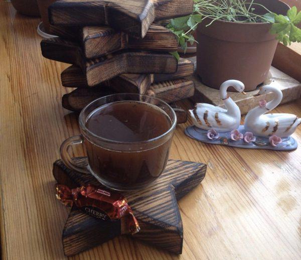 подставка под чашку из дерева