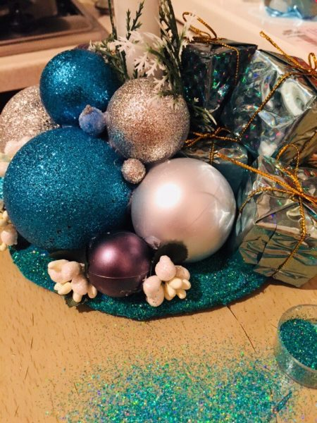Новорічна композиція до святкового столу