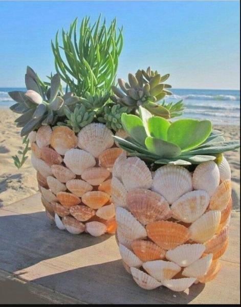 Как украсить цветочный горшок ракушками