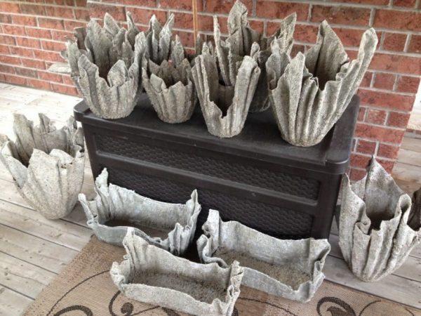 Садовые фигурки из цемента и тряпки