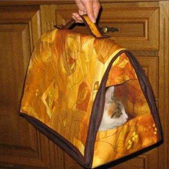 Сумка переноска для кота из ткани