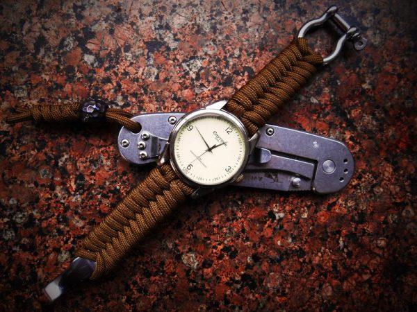 Ремешок для часов из шнурков