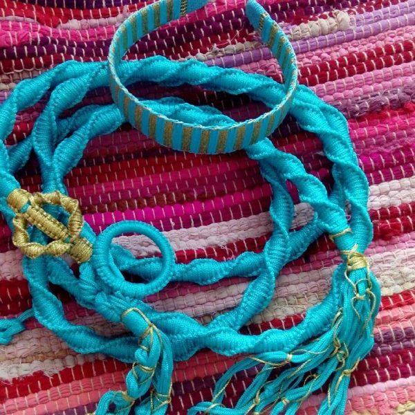 Плетеный пояс из ткани