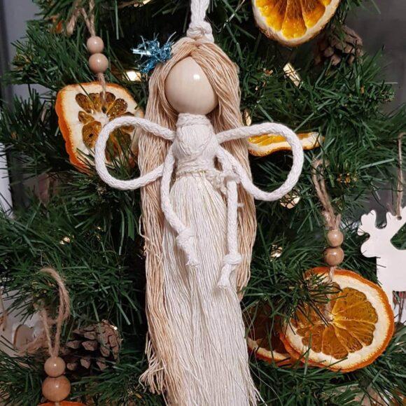 Різдвяний декор у вигляді ангела