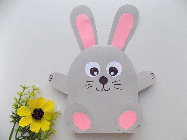Великодній кролик з паперу