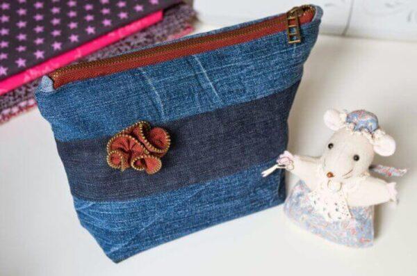 Косметичка з джинсів своїми руками